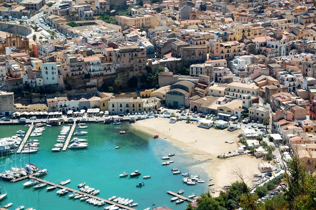 Castellammare del Golfo, väster om Palermo