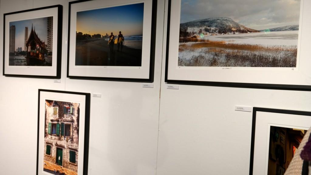 Utställningen Chasing light kan ses på Scandinavian Photo på Sveavägen i Stockholm
