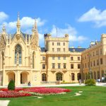 Chateau Lednice – pampigt sommarpalats i Tjeckien