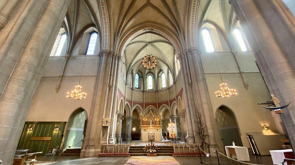 Göra i Örebro - besöka Olaus Petri kyrka