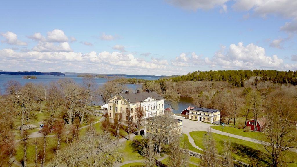 Sverige, Taxinge slott