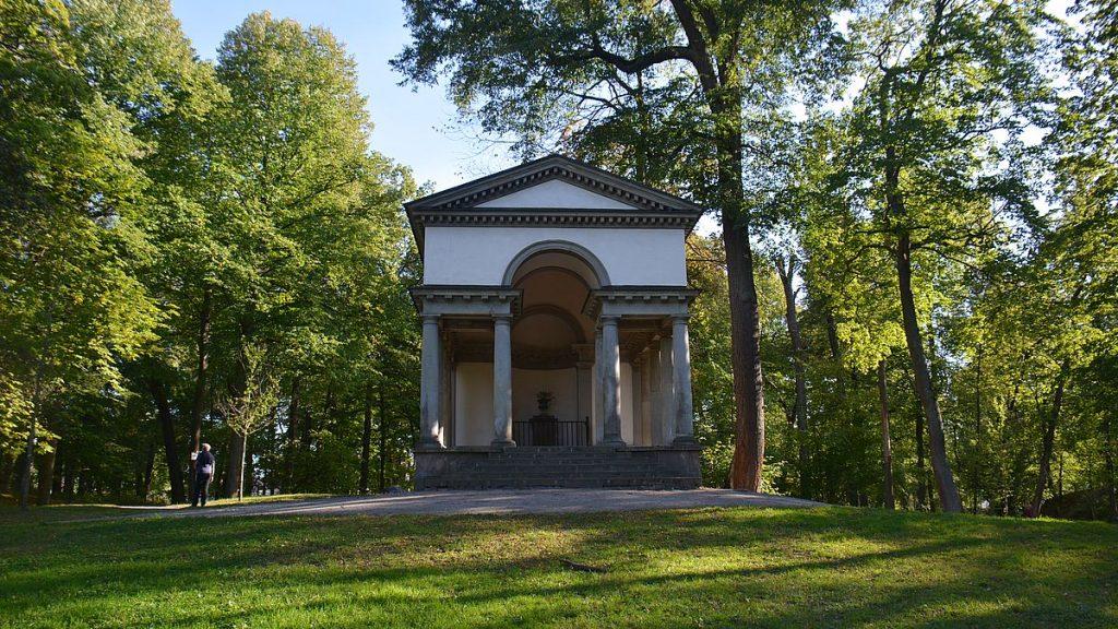 Neptunis tempel i Karlbergs slottspark