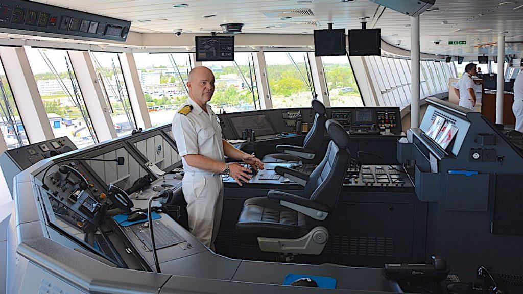 Kaptenen ombord på Norwegian Breakaways