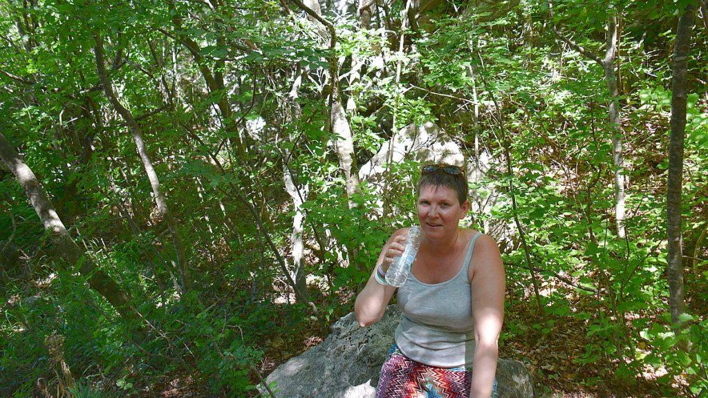 Vätskekontroll i Paklenica nationalpark i Kroatien