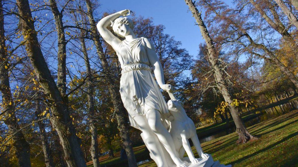 Drottningholm staty