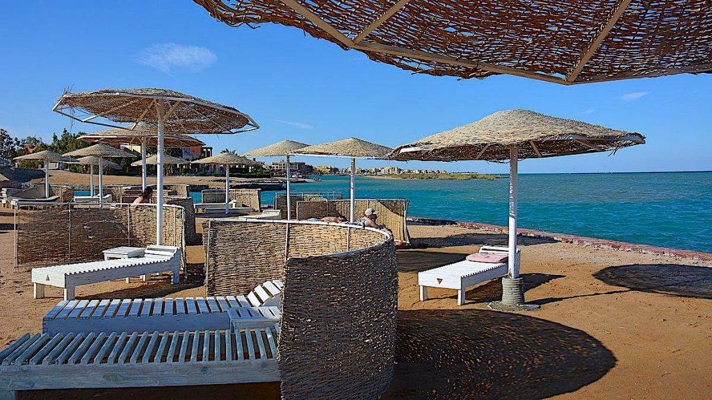 Zeytouna beach Island