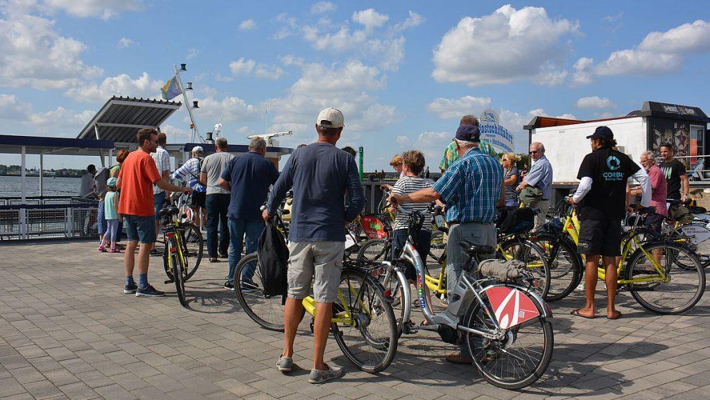 Cykeltur på färja, från krummin gästhamn