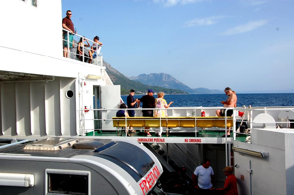 Vi förflyttade oss ofta och åkte många färjor, både mellan länder och till olika öar