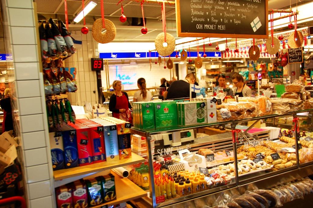 I den finska butiken hittar du karelska piroger och andra specialiteter