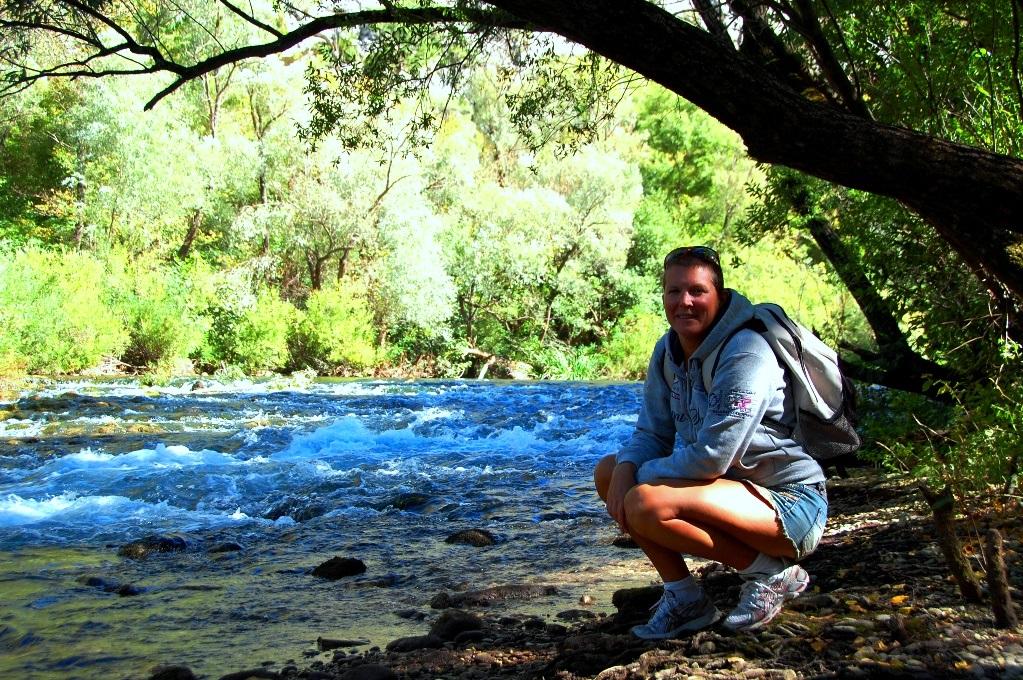 Vid floden Cetina i Kroatien