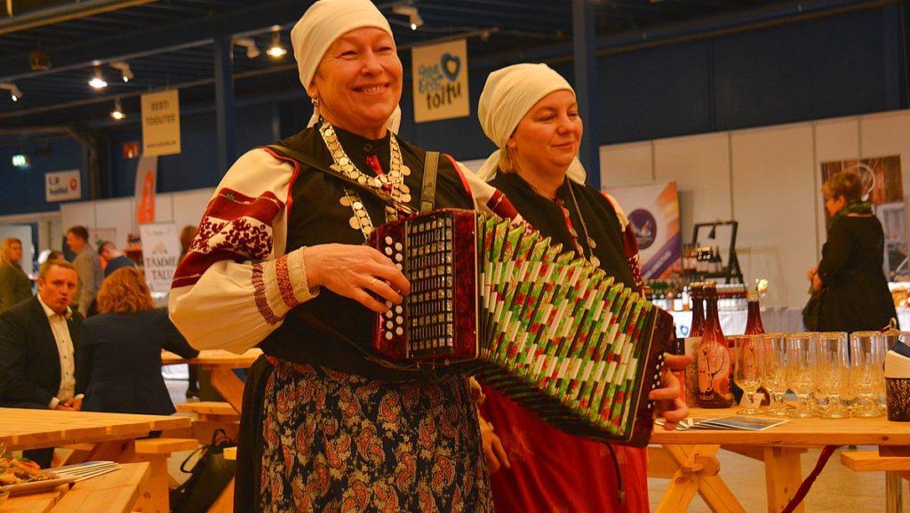 Estnisk folkmusik