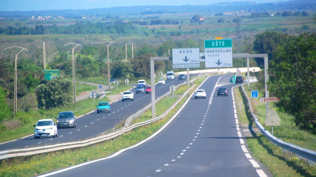 köra på franska vägar
