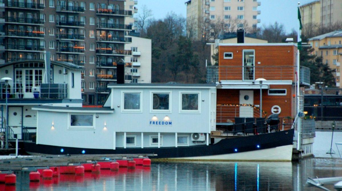 Freedom-husbåt