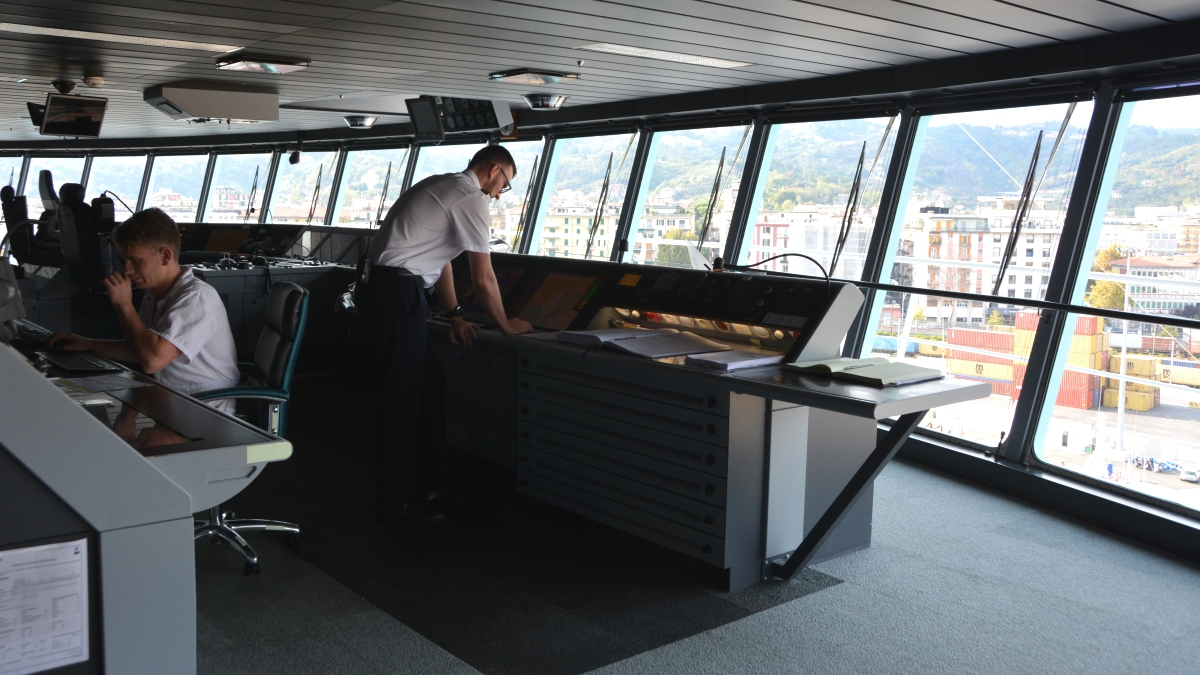 På kommandobryggan på Freedom of the Seas