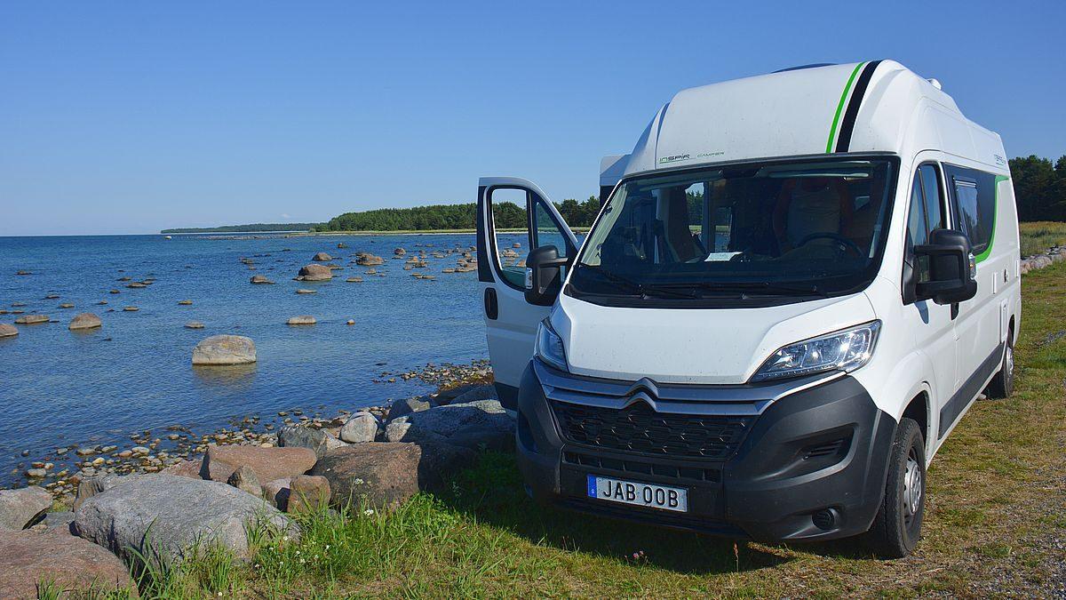 Fricamping med husbil i Estland