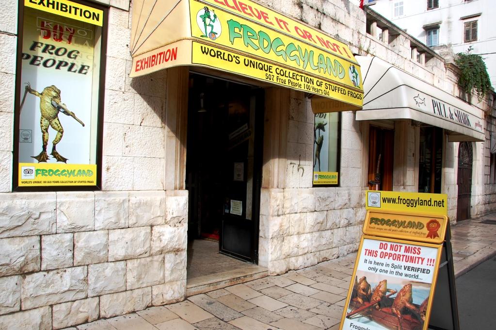 Det finns massor av saker att se och göra i Split - varför inte gå på grodmuseum?