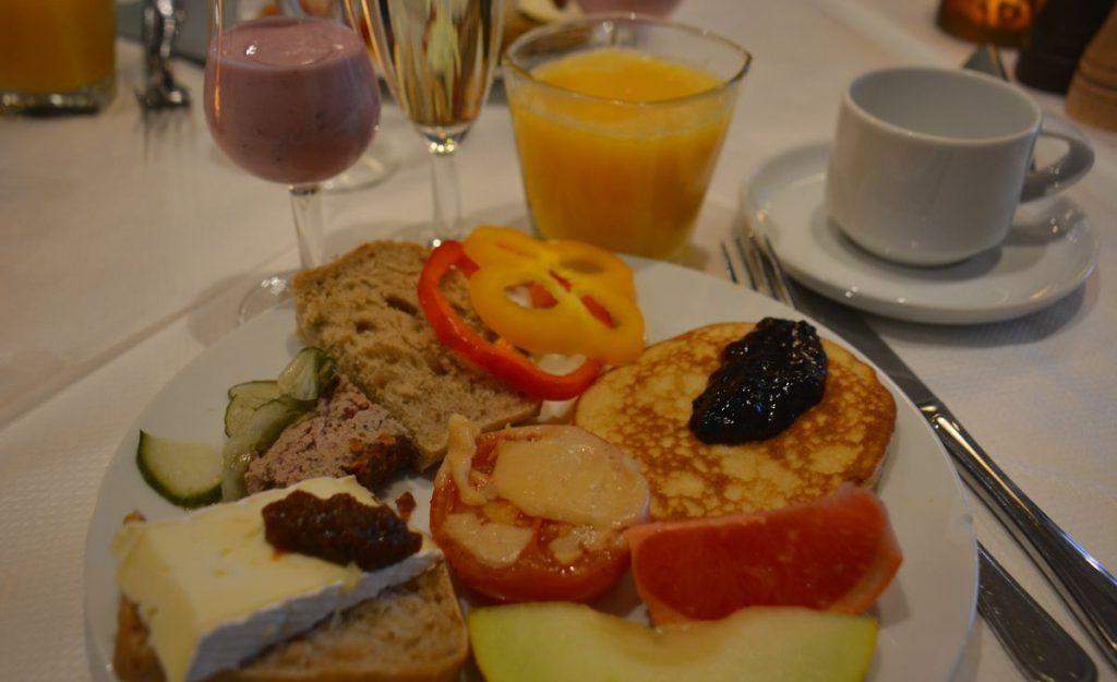 frukost på cinderella