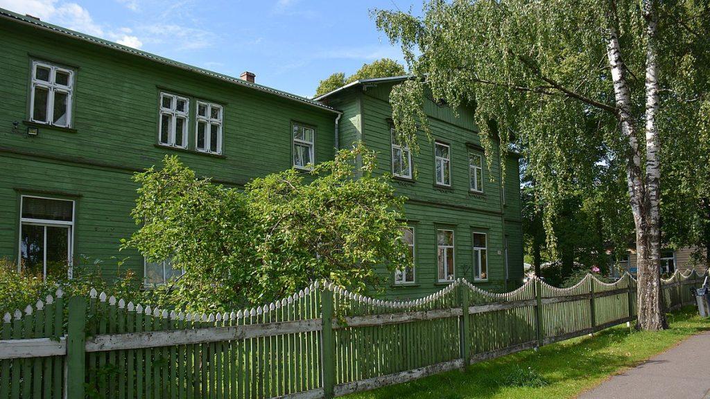 Grön villa i Pärnu i Estland