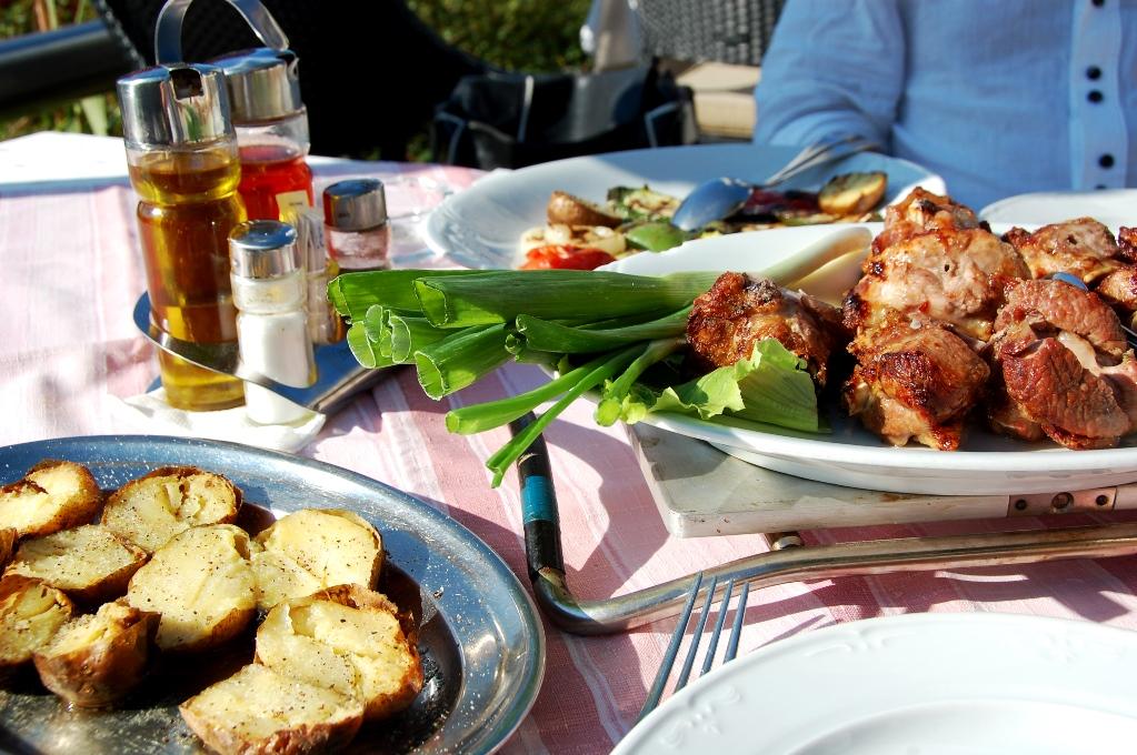 Grillat lamm i Kroatien