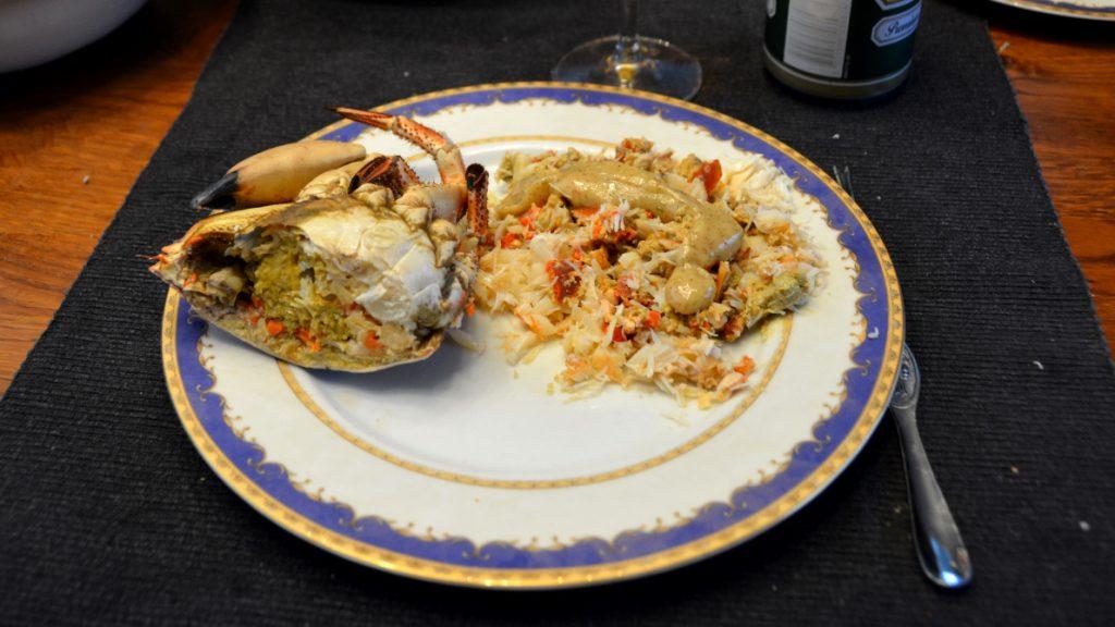 Hel färsk krabba