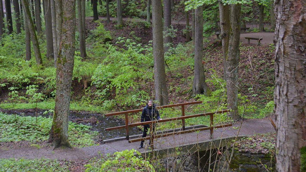 Promenad från Park Boheminium i Marianske Lazne