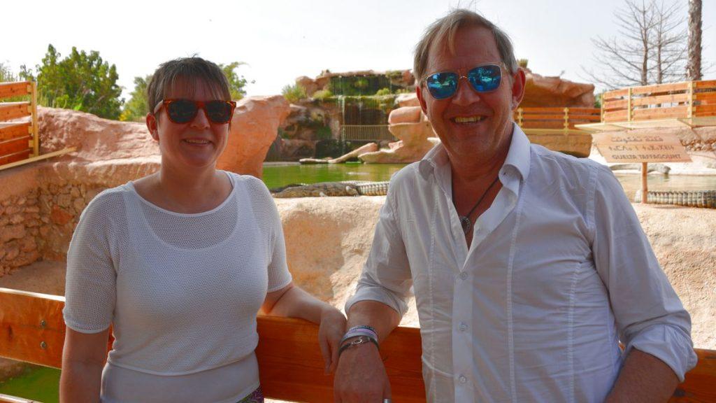 Helena och Peter i Agadirs krokodilpark Croco Park