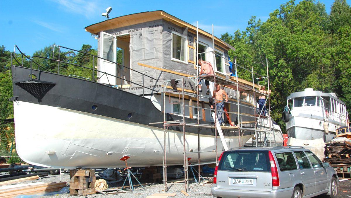 Bygga om en husbåt