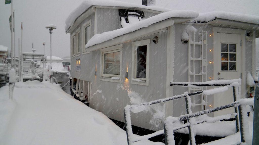 Stora jullistan 2019 - Vår husbåt i vintervädret