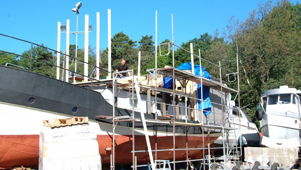 Husbåt ombyggnation