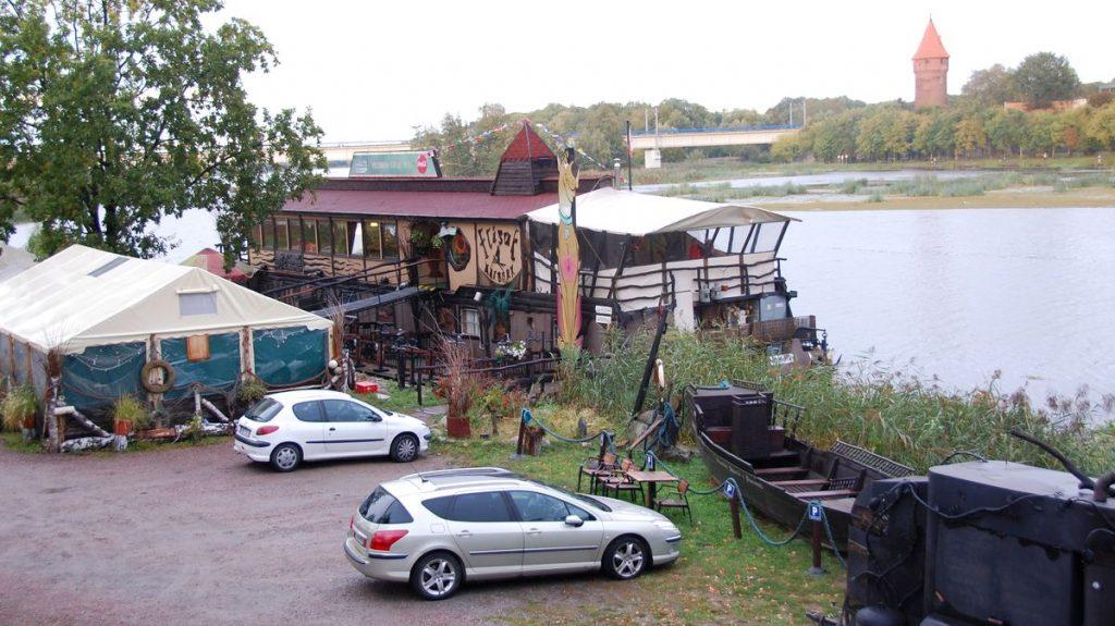 Husbåtsrestaurang i Malbork