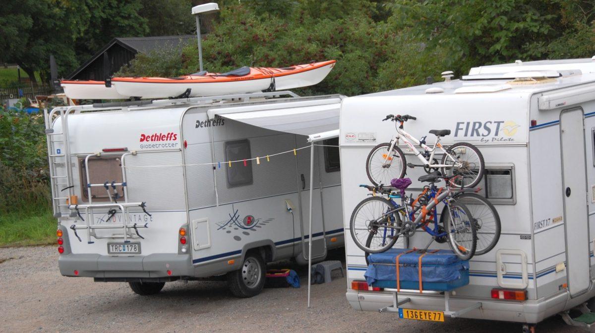 Husbilar med cyklar