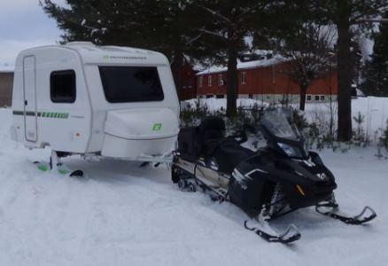 Husvagn på skidor