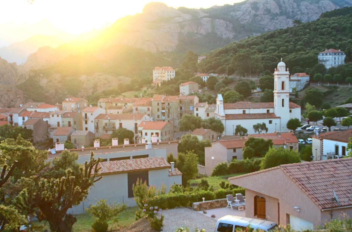 Utsikt över Piana, Korsika