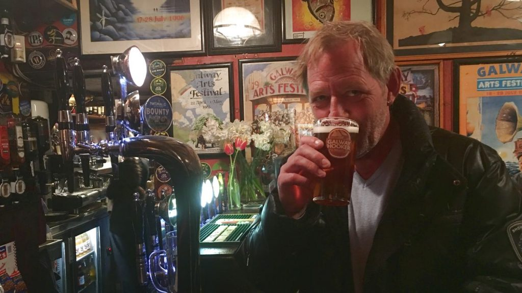 Peter på pubrunda på Irland!