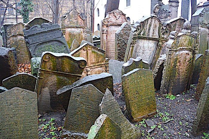 Judiska kyrkogården i Prag