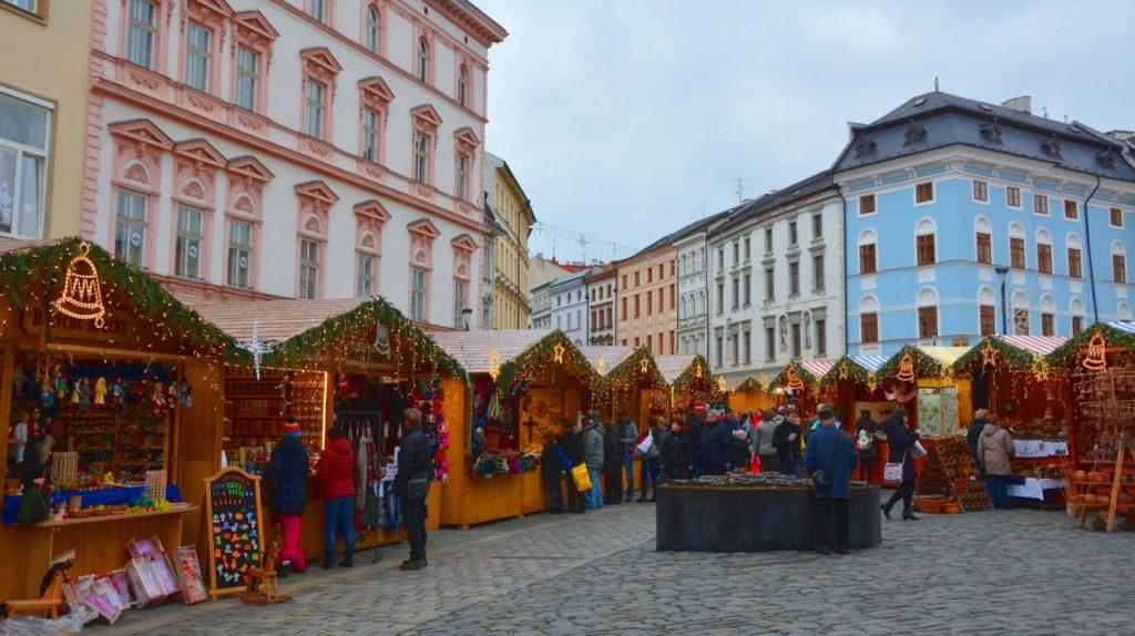 Julmarknad i Olomouc i Tjeckien