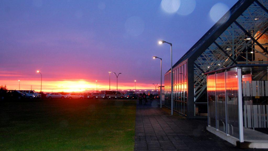 Keflaviks flygplats i morse