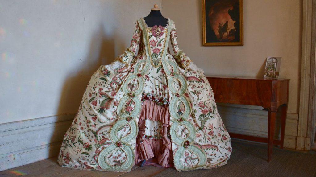 Klänning vid Drottningholms slottsteater