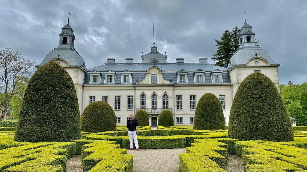 Peter vid Kronovalls slott