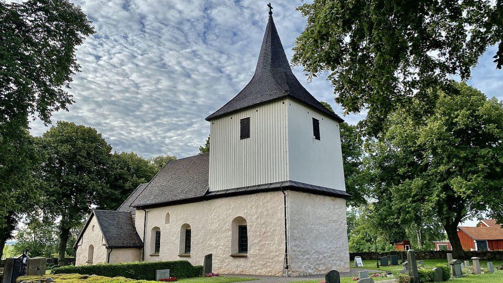 Väversunda kyrka