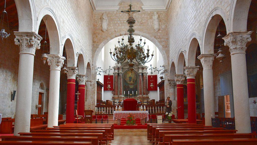 St Marys kyrka i Pag i Kroatien