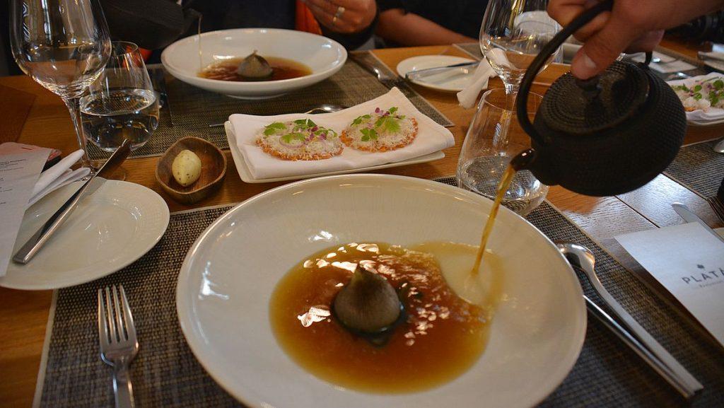 Löksoppa på Platan restaurant