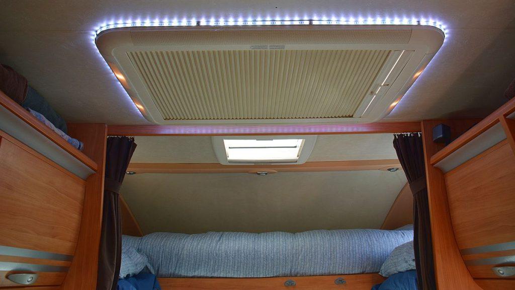 Ljusslinga i husbilen