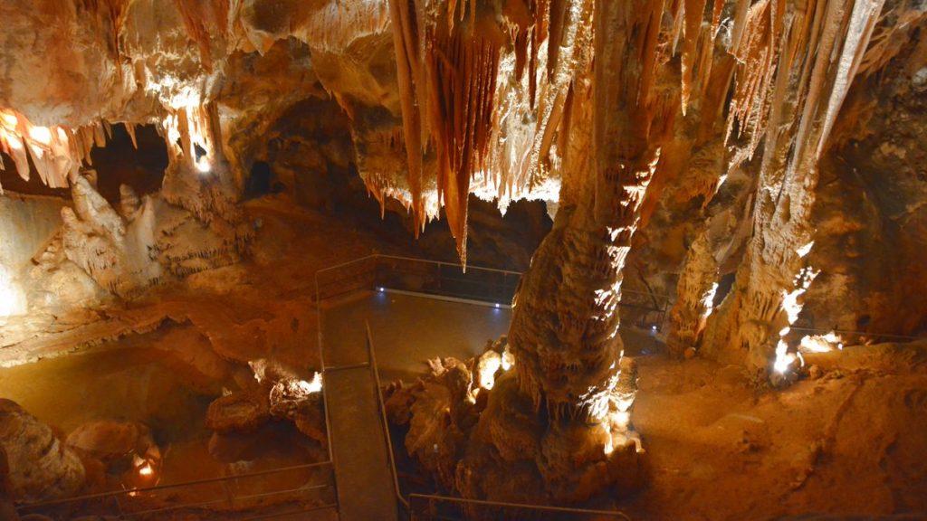 Madeleine grotta Frankrike