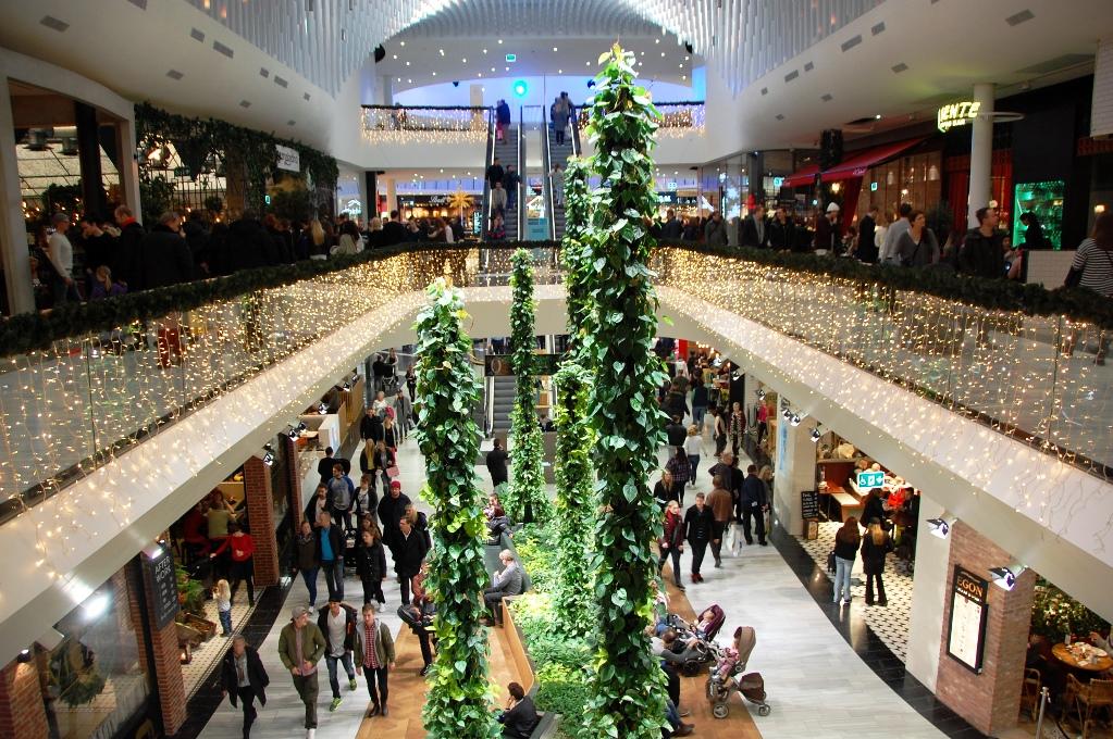 En hel del folk i Mall of Scandinavia dagarna före jul