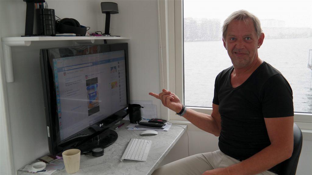 Peter på Marknadsavdelningens kontor