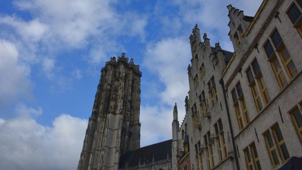 Mechelen torn