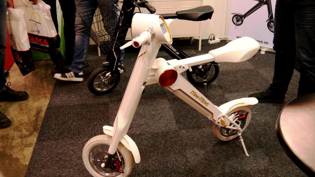 Den batteridriva el-scootern Mini-Move