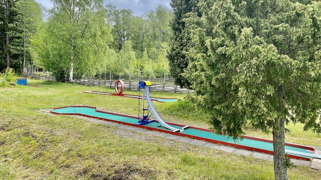 Minigolf vid Kapellskärs camping