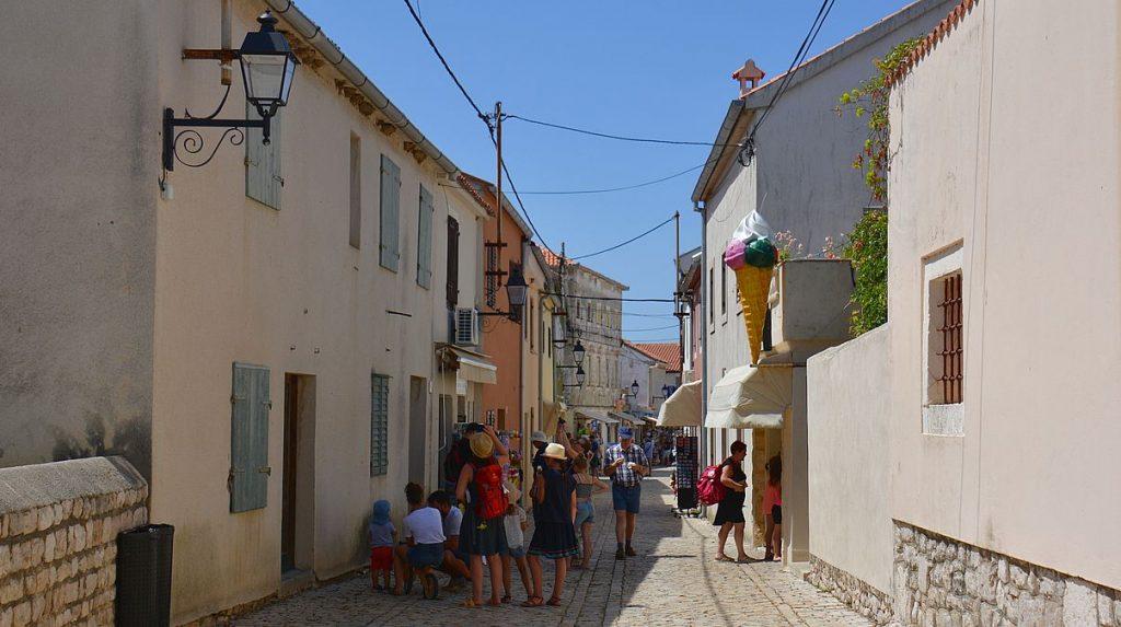 Nin i Kroatien, staden med världens minsta katedral